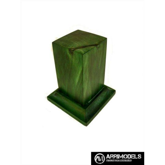 PEANA PEDESTAL MADERA ACABADO EN VERDE 3x3x6