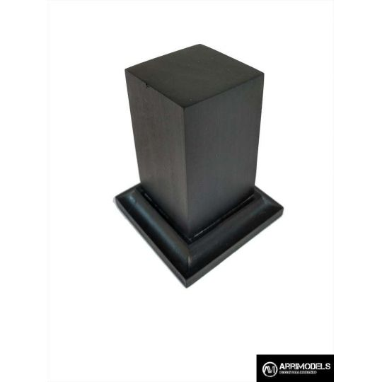 PEANA PEDESTAL MADERA ACABADO EN NEGRO 3x3x6