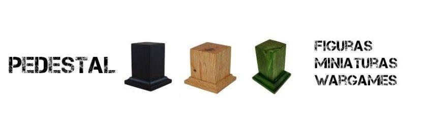 Peanas pedestal de madera para figuras y miniaturas